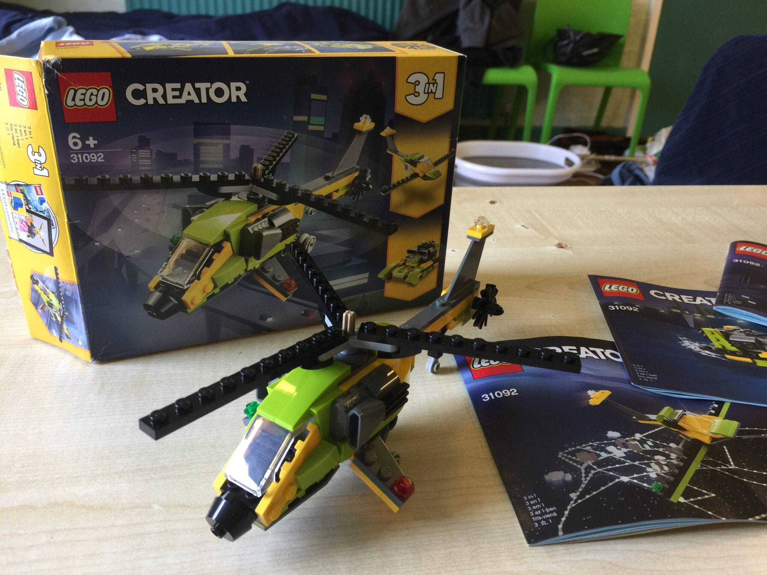 Lego helicopter set
